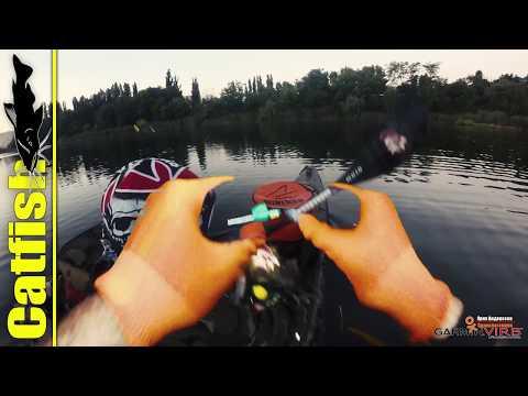 ловим рыбу на пиявку