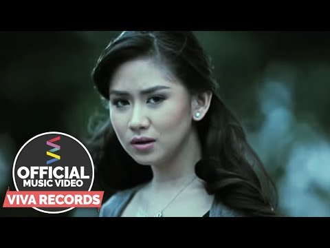 Sarah Geronimo - Sino Nga Ba Siya (official Music Video) video