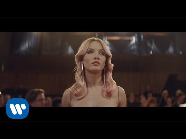 Clean Bandit - Symphony feat. Zara Larsson [Official Video]