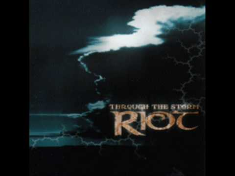 Riot - Turn The Tables