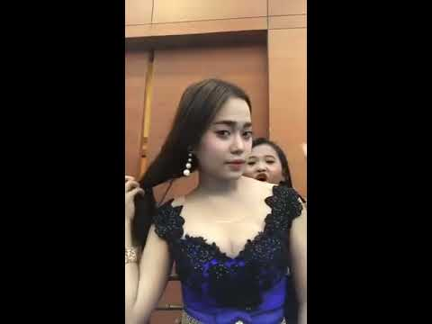 Hello Nila Live video Facebook in Cambodia