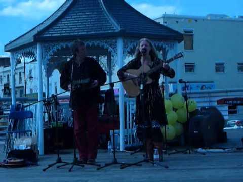 nanne & ankie Southend Maritime Festival 2015 1.wmv