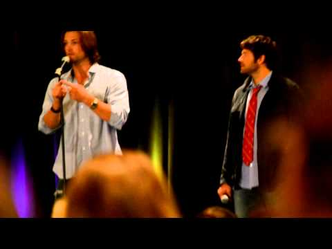 Jared Padalecki talking about his wife at NJcon