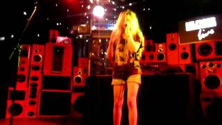 Watch Sky Ferreira 108 video