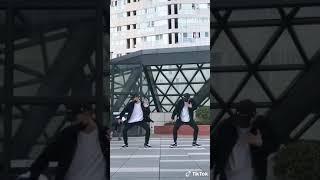 Hai anh em sinh đôi nhảy cực đỉnh   Tik Tok