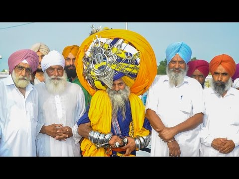 Is This The World's Largest Turban? Man Wears 100lb, 645m Long Headdress