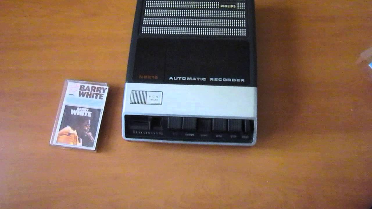 Philips Cassette Recorder N2218 - Vintage Audio