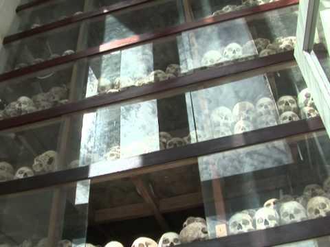 Cambodian court opens landmark Khmer Rouge trial