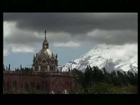 Visit Ecuador, Highlands in Ecuador, Quito middle of the world