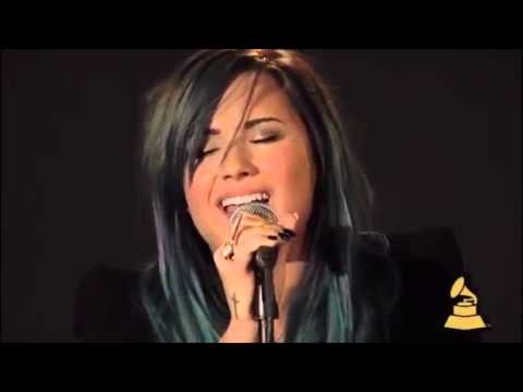 Demi Lovato - Skyscraper [acoustic Version Live  The Grammy 2013] video