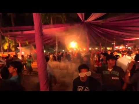 Bay Beat Collective @ sunburn 2011 arro stage 1 - Watch CAREFULLY