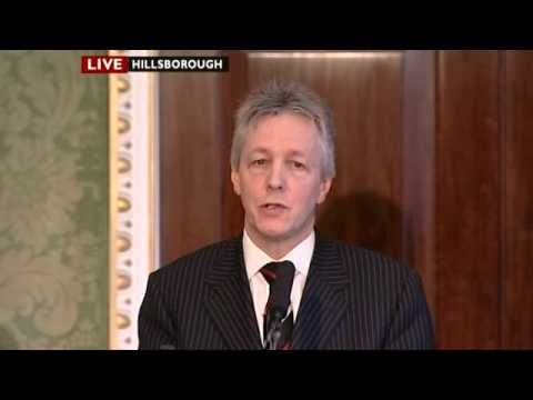 Peter Robinson addresses media after agreement