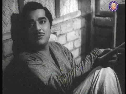 Ab Kya Misaal Doon - Meena Kumari & Pradeep Kumar - Aarti video