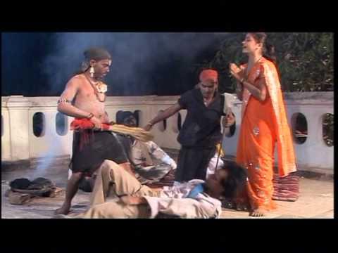 Humke Chhodke Hamra Marade Pa [full Song] Saari Na Pahirab- Bhojpuri Nach Programme video