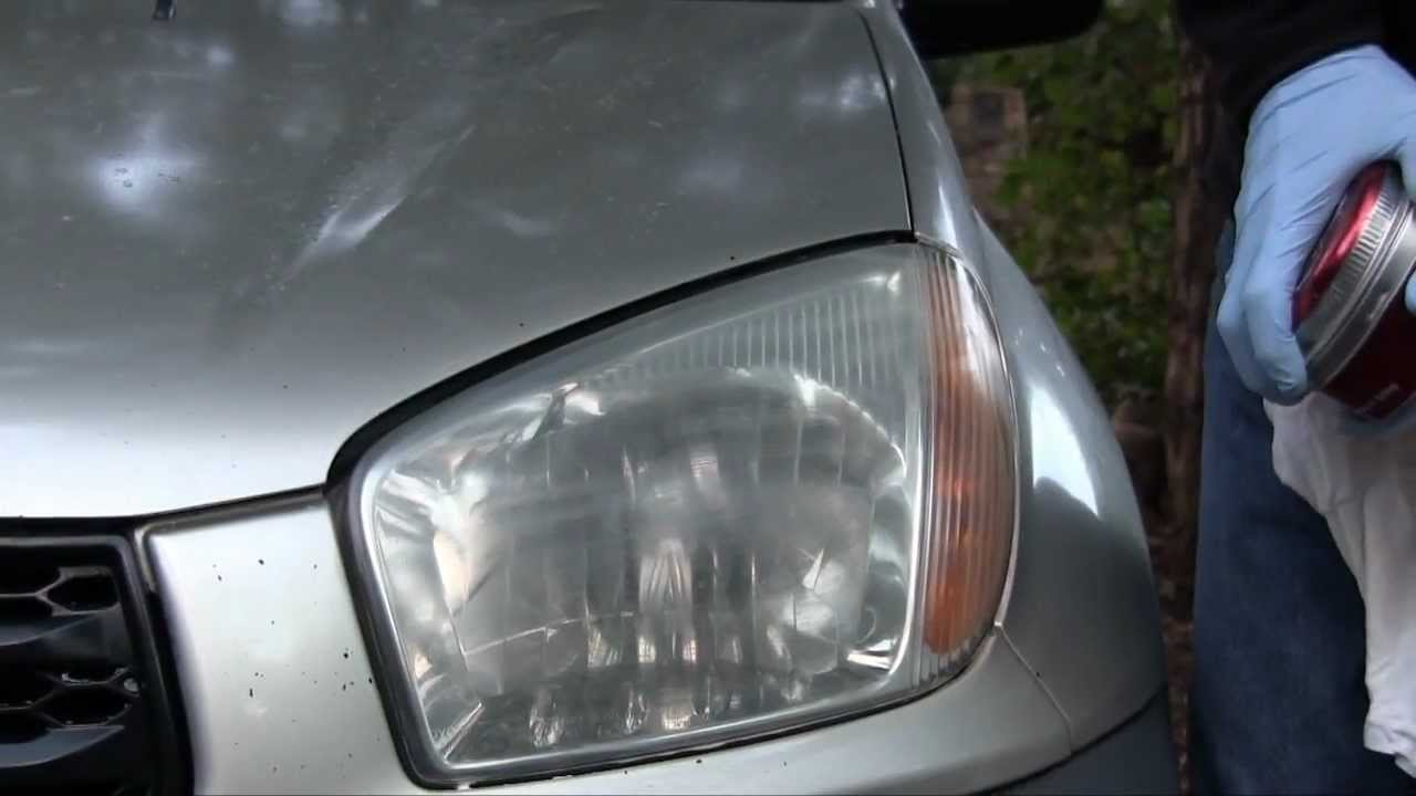 how to fix foggy headlights with toothpaste
