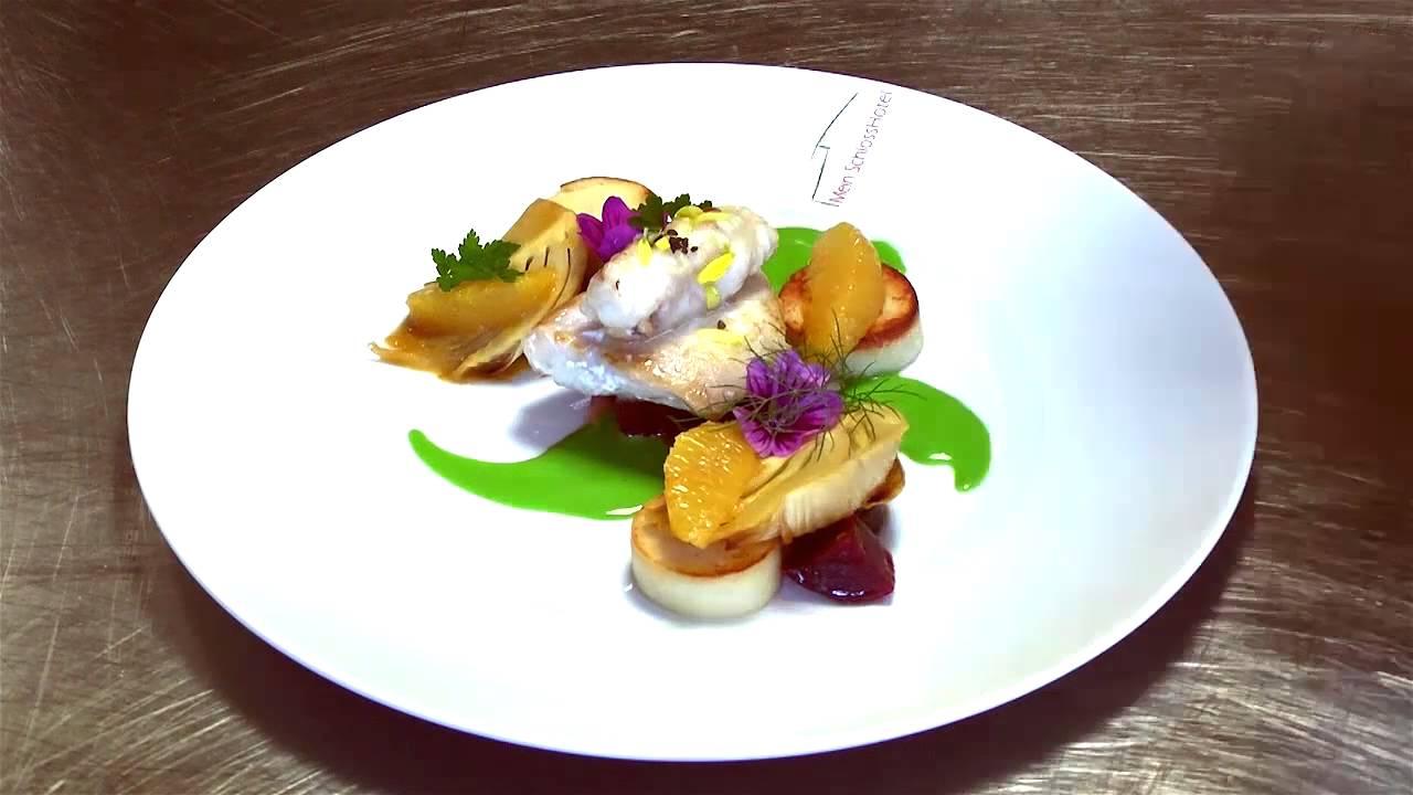 Zeitraffer novelle cuisine dekoration teller anrichten for Koch gerichte
