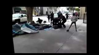 [Homeless man shot and killed by Los Angeles police in skid row] Video