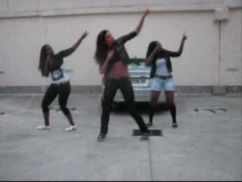 "QUEEN STONN GANG, KETCH DI DANCE ""AYA MOVE"""