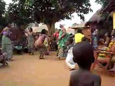 voodoo dancing togo africa