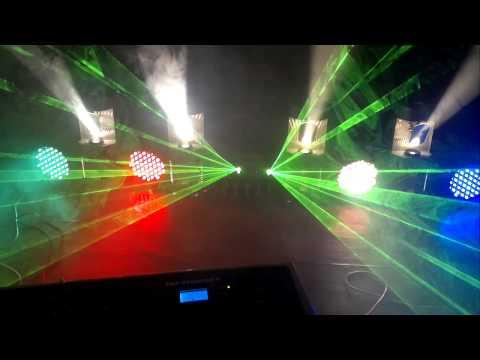 9 световых приборов