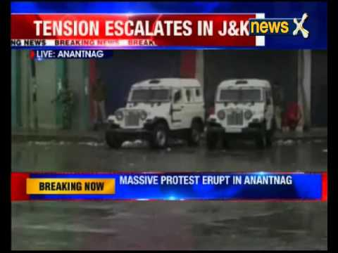 Jammu and Kashmir: Protesters and police clash in Anantnag over trucker Zahid Bhat's death