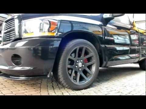 Black Dodge Ram SRT-10 8.3 Viper V10 517 Hp 246 Km/h 2006 Sport Pickup Truck