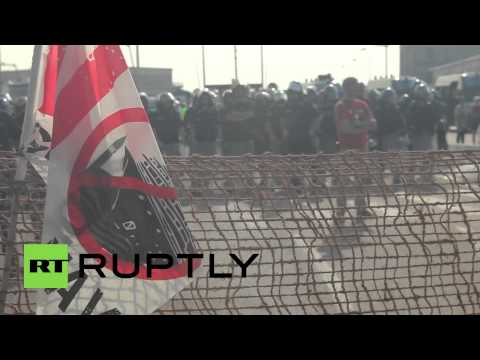 Italy: Venice protesters bring trouble to cruise ship tourists
