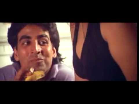 Akshay Kumar Funny Scene From Suhaag.flv