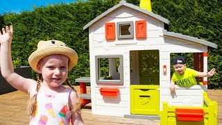 Gaby and Alex Pretend play with Playhouse for kids