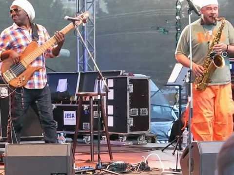 Mike Stern/Richard Bona Band - BJF Prague 2012