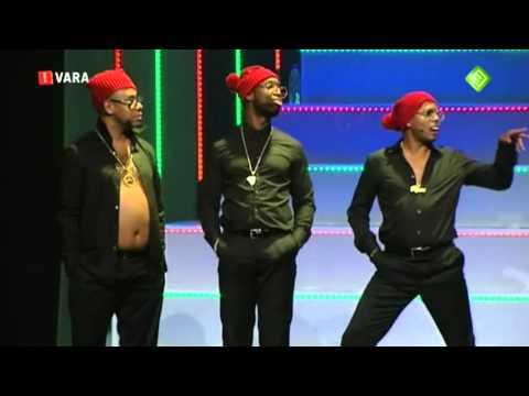 Jandino als Onji (van Caribbean Combo Kerst Show)