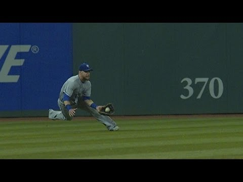 Royals make three great catches vs. Indians