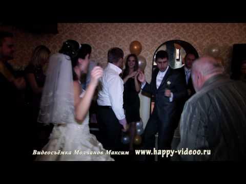 Танцы, жманцы, обниманцы