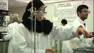 ضعف البحث العلمي وهجرة العقول العربية