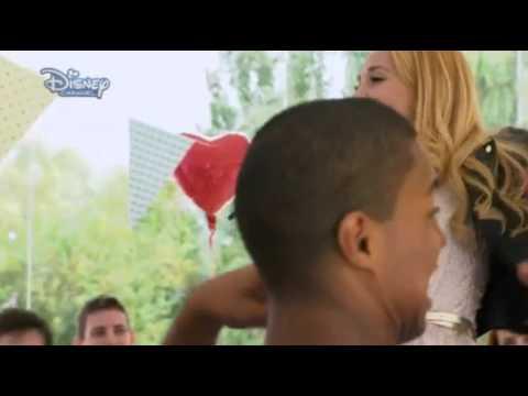 Violetta 2 - Ludmila sings - Right Now (Hoy somos más) English - Episode 33