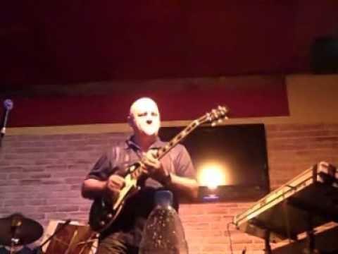 Frank Gambale in Beirut Lebanon Clip 2 Live at Mojo Sept 5 2010