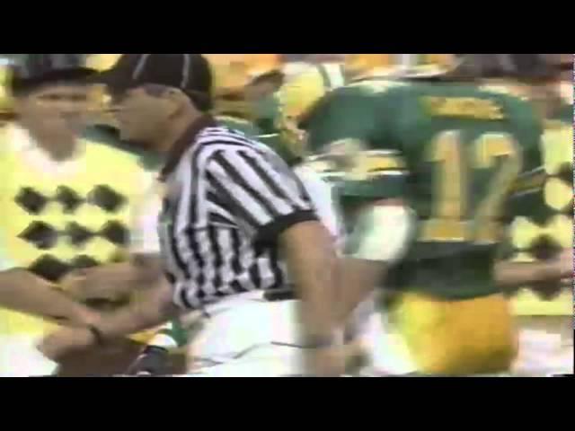 Oregon DE Matt LaBounty stops WSU RB Shuambe Wright-Fair for no gain 9-07-91