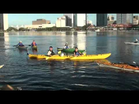 Kayakers enjoy downtown Jacksonville after mayor announces more launch sites