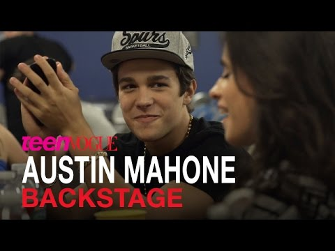 Austin Mahone Back Stage Before His Sold-Out Concert in Phoenix, AZ–Teen Vogue's Headliners