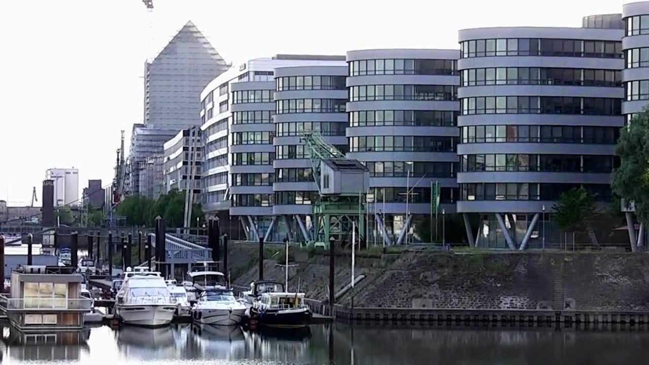 duisburg hafen im herzen der stadt harbour at the heart. Black Bedroom Furniture Sets. Home Design Ideas