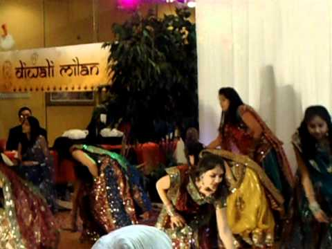 Gori Sharmaye Diwali Milan 2011 video
