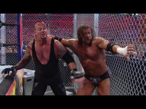 Triple H vs The Undertaker: DVD Preview WrestleMania XXVIII