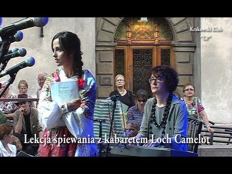 Lekcja śpiewania Na Małym Rynku W Krakowie.