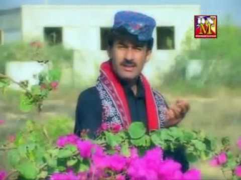BRAHVI hussian aseer SINGING A PASHTO SONG.avi