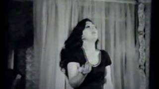 رقص فرنگيس فروهر (مامانه ليلا فروهر)!!!ا  farangis forouhar