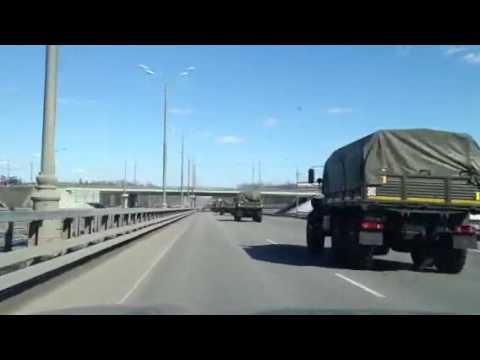 Внутренние войска едут в Москву.