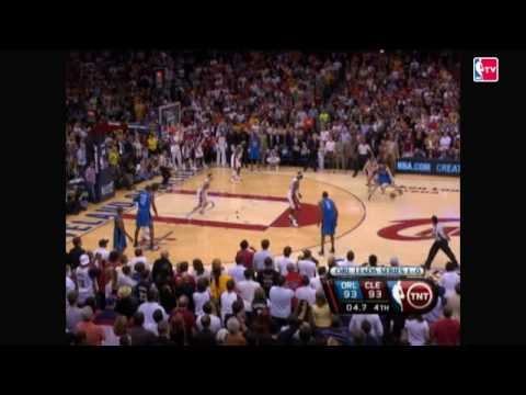 LeBron Makes an Amazing Finish to Game 2 Video