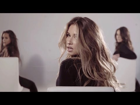 Jessie James Decker - Flip My Hair - Clip |