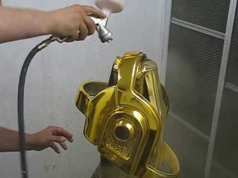 coverchrome gold helmet daft punk spray on chrome chrome paint youtube. Black Bedroom Furniture Sets. Home Design Ideas