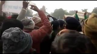 नीतीश कुमार समीक्षा यात्रा ,नियोजित शिक्षकों ने गौछारी में भी जमकर काटा बबाल
